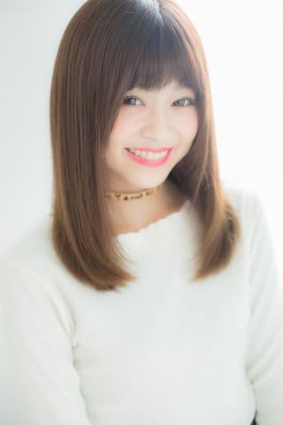 ガラスのヴェールを纏ったストレートヘア☆木村綾