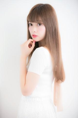 ストレートスタイルでモテ髪に☆担当 木村綾
