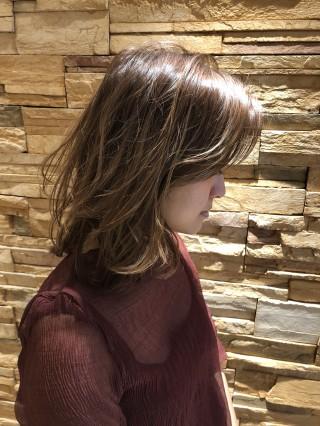 春のミディアム3分巻き髪