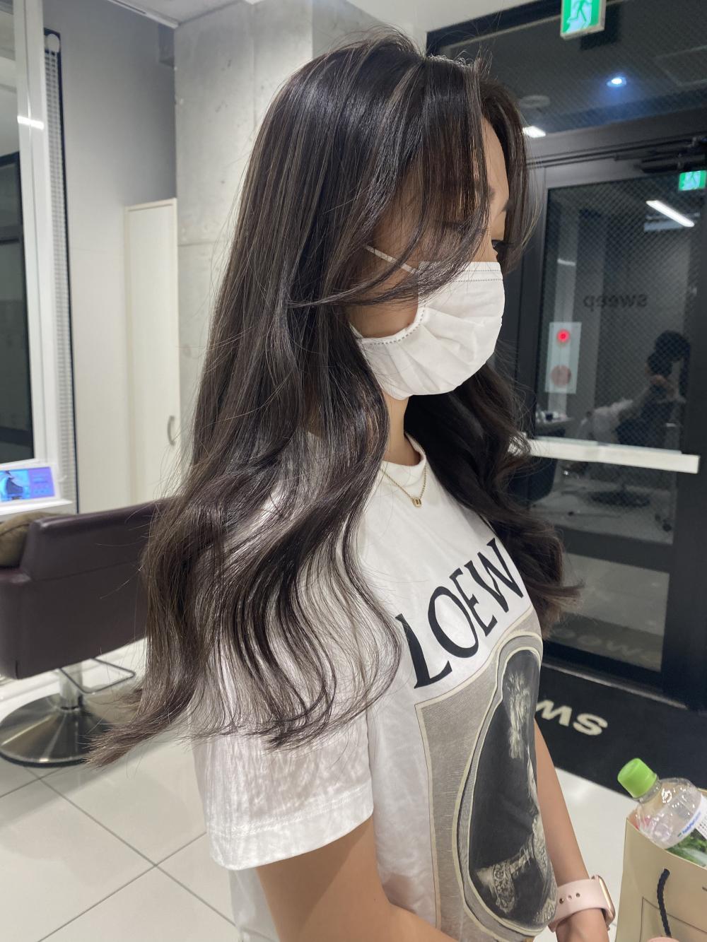ツヤ髪ハイライトカラー